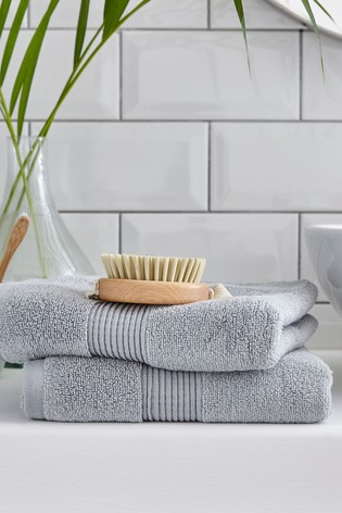 Set of 2 Silentnight Silver Plain Dye Towels