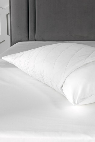 Set of 2 Dormeo White Aloe Vera Infused Wellbeing Pillow Protectors