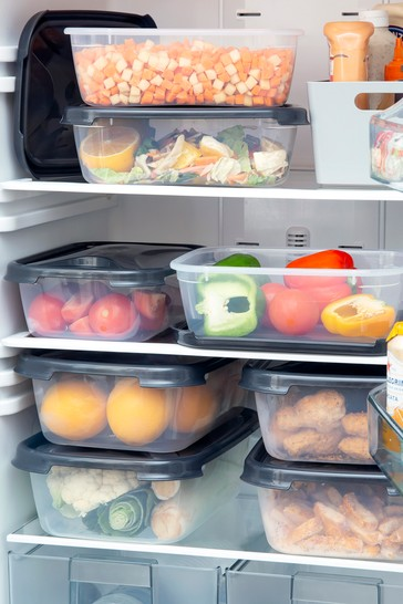 Set of 8 Wham Cuisine Rectangular Food Boxes and Lids (2.7L/4.5L)