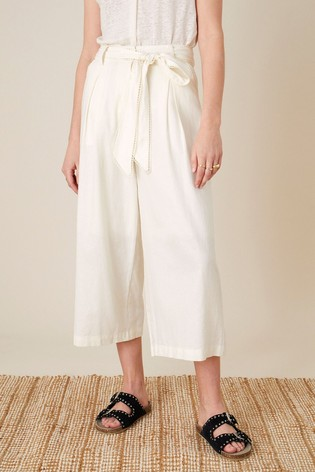 Monsoon White Scallop Crop Trousers In Linen Blend