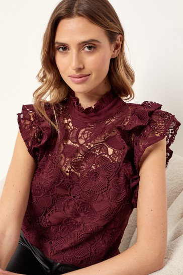 Lipsy Berry VIP Lace Flutter Sleeve Top