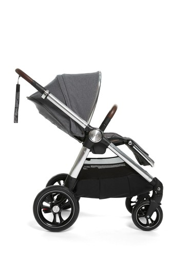 Grey Mist Ocarro Pushchair by Mamas and Papas