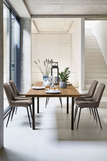 Bronx 6-8 Seater Extending Dining Table