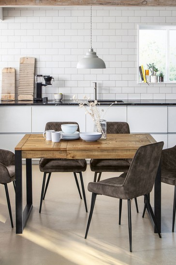 Jefferson Pine 4 to 6 Seater Extending Dining Table