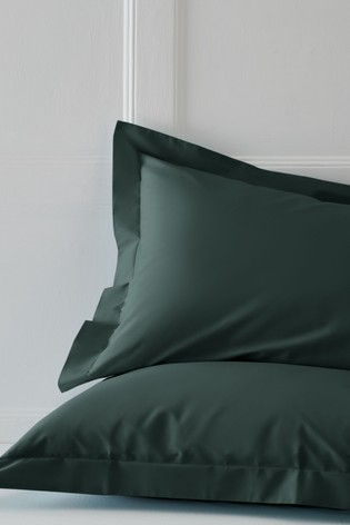 Set of 2 Bottle Green Cotton Rich Pillowcases