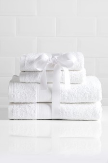 4 Piece Studio* Towel Bale
