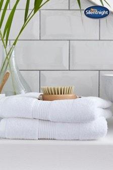 Set of 2 Silentnight White Plain Dye Towels