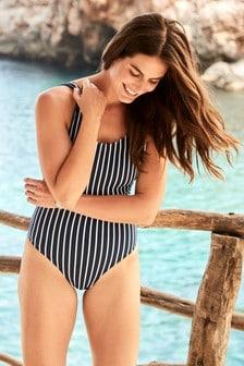 Stripe Scallop Scoop Suit