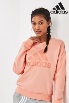 adidas Must Have Badge of Sport Crew