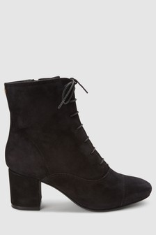 Signature Comfort Lace-Up Boots