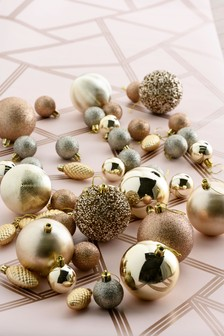 50 Pack Baubles