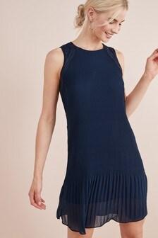 Sleeveless Pleat Lace Dress