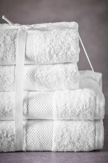 Essential Towel Bale