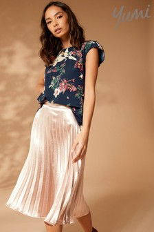 Yumi Lace Back Floral Top