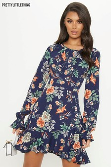 PrettyLittleThing Floral Pleated Hem Dress