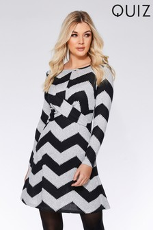 Quiz Chevron Print Long Sleeve Dress