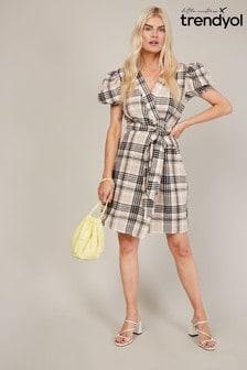 Trendyol Check Puff Sleeve Wrap Dress